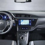 Toyota Auris 2015 interior