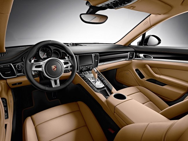 Porsche Panamera Edition interior