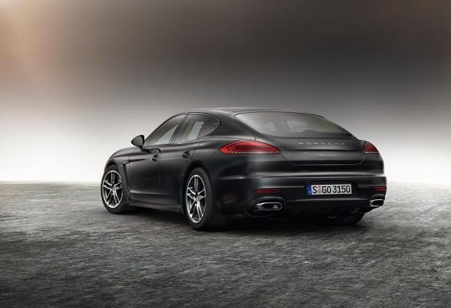Porsche Panamera Edition trasera