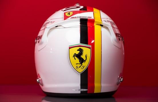 casco sebastian vettel f1 2015