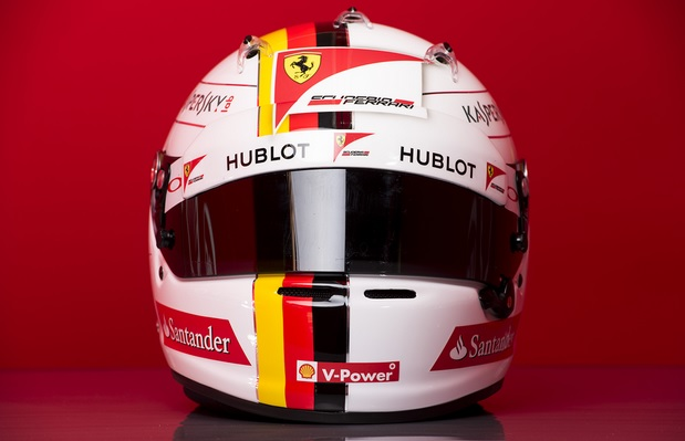 casco vettel ferrari f1 2015