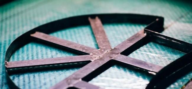 corte piezas fibra de carbono
