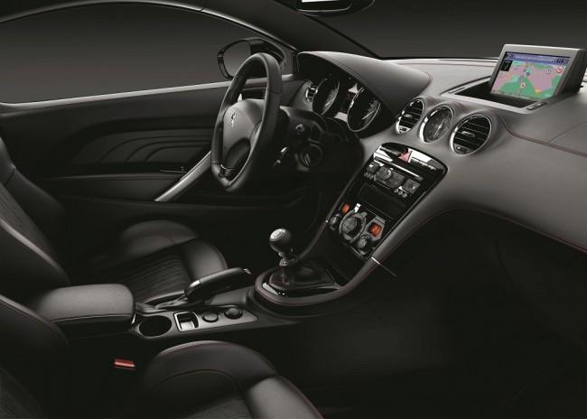 Peugeot RCZ GT Line interior