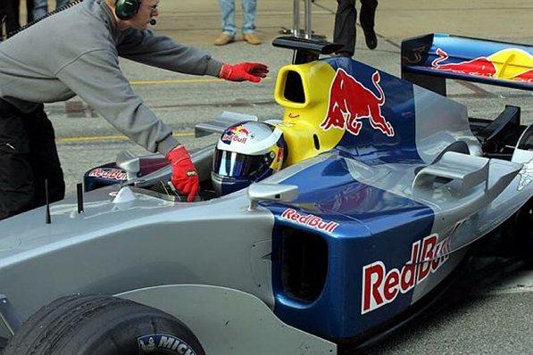 red bull r5 barcelona test f1 2004
