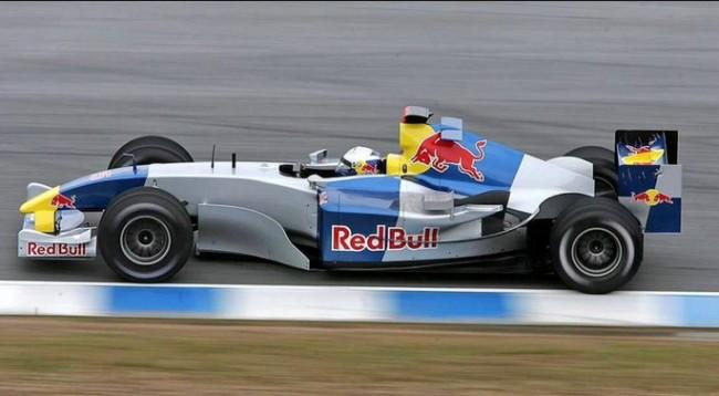 red bull rb5 2004 test barcelona