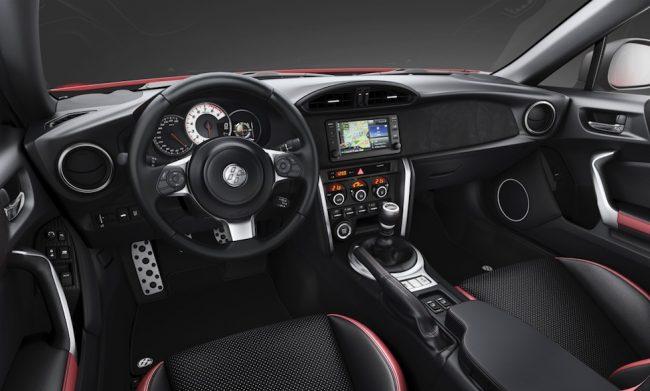 Toyota GT86 2017 interior