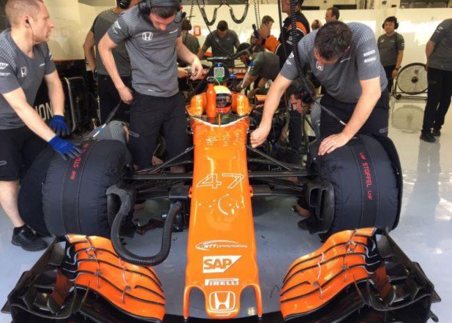 Mclaren Oliver Turvey Test Sahkir F1 2017